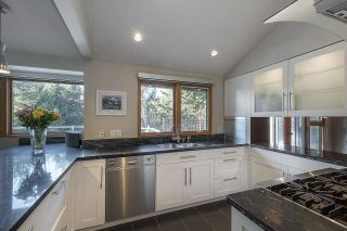 Photo 11: 4170 RIPPLE Road in West Vancouver: Bayridge House for sale : MLS®# R2531312