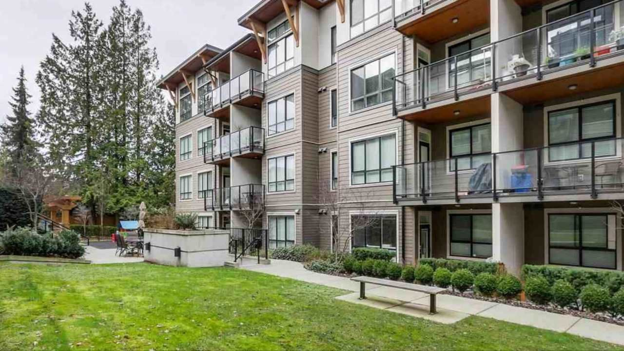 """Main Photo: 103 10477 154 Street in Surrey: Guildford Condo for sale in """"G 3 Residences"""" (North Surrey)  : MLS®# R2388073"""