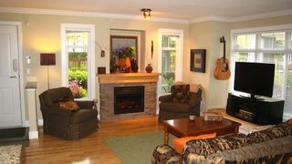 Photo 6: 13 7428 southwynde in Ledgestone II: South Slope Home for sale ()
