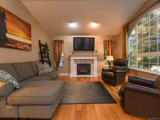 Photo 7: 2096 May Rd in COMOX: CV Comox Peninsula House for sale (Comox Valley)  : MLS®# 813161
