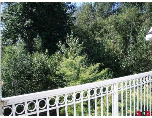 "Photo 9: Photos: 406 13939 LAUREL DR in Surrey: Whalley Condo for sale in ""KING GEORGE MANOR"" (North Surrey)  : MLS®# F2616457"