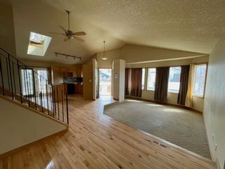 Photo 7: 111 Ridgebrook Drive SW: Airdrie Detached for sale : MLS®# A1102417