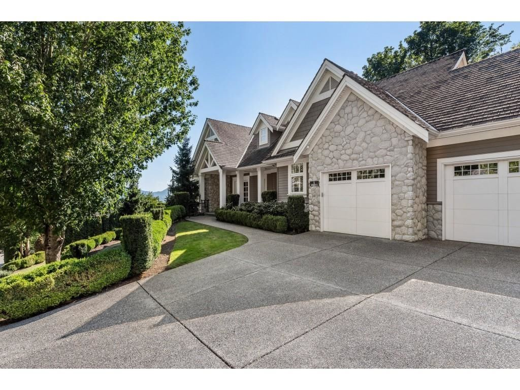 """Main Photo: 1 35811 GRAYSTONE Drive in Abbotsford: Abbotsford East House for sale in """"Graystone Estates"""" : MLS®# R2596876"""