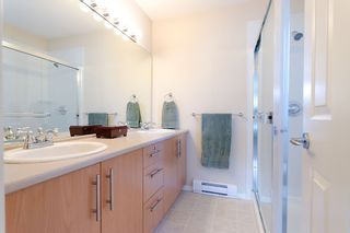 """Photo 18: 84 20875 80TH Avenue in Langley: Willoughby Heights Townhouse for sale in """"PEPPERWOOD"""" : MLS®# F1203721"""