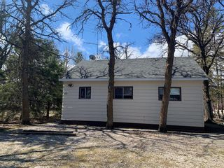 Photo 29: 177 Campbell Avenue West in Dauphin: Dauphin Beach Residential for sale (R30 - Dauphin and Area)  : MLS®# 202110733