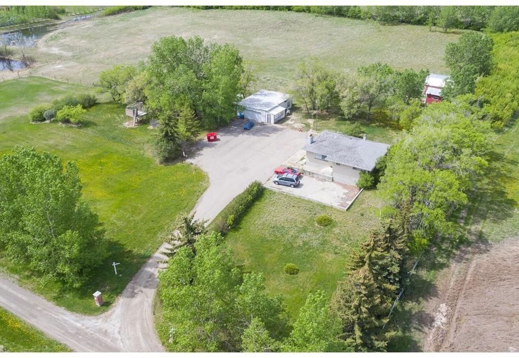 Main Photo: 2727 92 Street SE: Calgary Detached for sale : MLS®# A1084351
