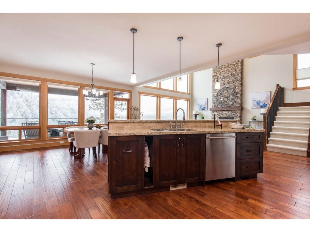 """Photo 14: Photos: 115 45473 ARIEL Place: Cultus Lake House for sale in """"Riverstone Heights"""" : MLS®# R2539139"""