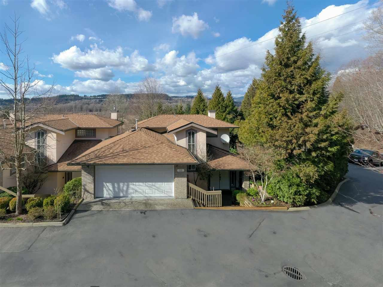 """Main Photo: 23 1238 EASTERN Drive in Port Coquitlam: Citadel PQ Townhouse for sale in """"PARKVIEW RIDGE"""" : MLS®# R2443323"""