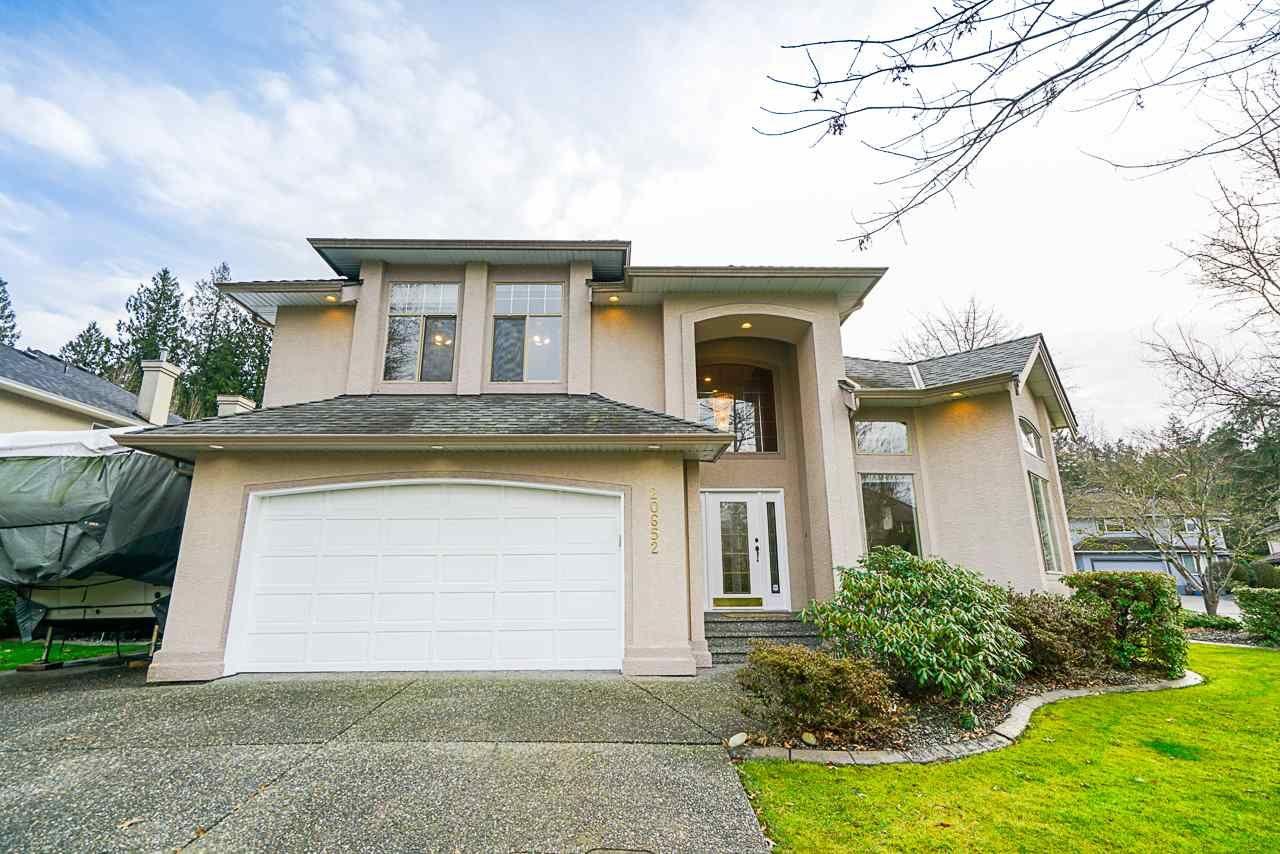 Main Photo: 20652 89A AVE Avenue in Langley: Walnut Grove House for sale : MLS®# R2439926