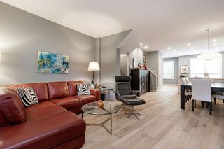 """Photo 8: 45 100 KLAHANIE Drive in Port Moody: Port Moody Centre Townhouse for sale in """"INDIGO"""" : MLS®# R2472621"""