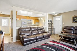 Photo 6: 123 Burke Crescent in Swift Current: South West SC Residential for sale : MLS®# SK844514