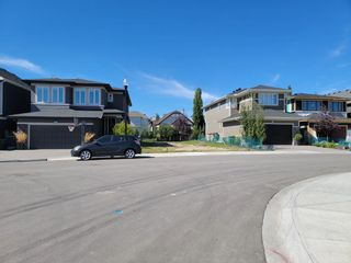 Main Photo: 424 Discovery Place SW in Calgary: Discovery Ridge Residential Land for sale : MLS®# A1144386
