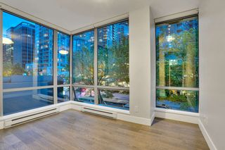 """Photo 13: 304 1228 W HASTINGS Street in Vancouver: Coal Harbour Condo for sale in """"Palladio"""" (Vancouver West)  : MLS®# R2594596"""