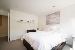 """Photo 13: 9 2151 BANBURY Road in North Vancouver: Deep Cove Townhouse for sale in """"Mariner's Cove"""" : MLS®# R2585688"""