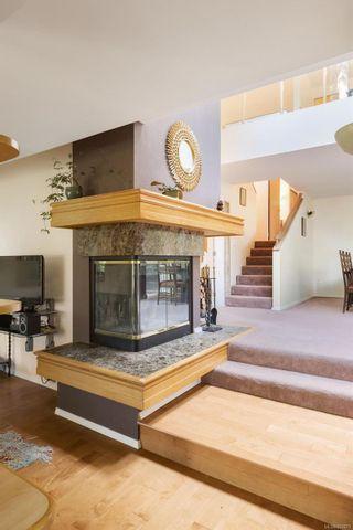Photo 15: 986 Fir Tree Glen in : SE Broadmead House for sale (Saanich East)  : MLS®# 881671