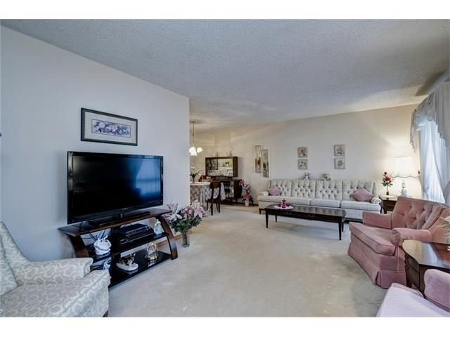 Photo 9: Photos: 210 OAKMOOR Place SW in Calgary: Oakridge House for sale : MLS®# C4091579