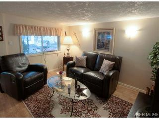 Photo 3: 9 2911 Sooke Lake Rd in VICTORIA: La Goldstream Manufactured Home for sale (Langford)  : MLS®# 629320