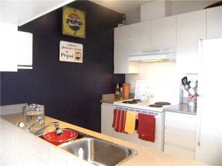 """Photo 4: 2005 5189 GASTON Street in Vancouver: Collingwood VE Condo for sale in """"The MacGregor"""" (Vancouver East)  : MLS®# V835468"""