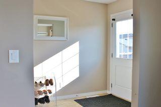 Photo 5: 629 McDonough Link in Edmonton: Zone 03 House for sale : MLS®# E4241883