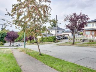 """Photo 20: 2928 E 6TH Avenue in Vancouver: Renfrew VE House for sale in """"RENFREW"""" (Vancouver East)  : MLS®# R2620288"""