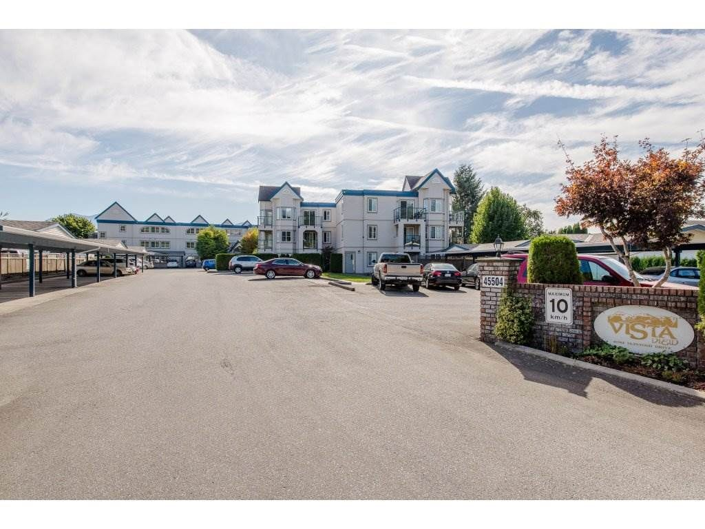 "Main Photo: 210 45504 MCINTOSH Drive in Chilliwack: Chilliwack W Young-Well Condo for sale in ""VISTA VIEW"" : MLS®# R2211484"