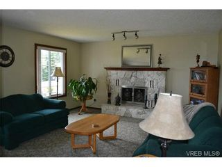 Photo 6: 3372 Pattison Way in VICTORIA: Co Triangle House for sale (Colwood)  : MLS®# 734803
