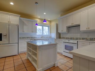 Photo 26: 407 Newport Ave in : OB South Oak Bay House for sale (Oak Bay)  : MLS®# 871728