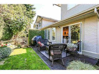 """Photo 19: 15053 27A Avenue in Surrey: Sunnyside Park Surrey Townhouse for sale in """"DAVENTRY"""" (South Surrey White Rock)  : MLS®# F1421884"""
