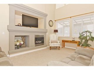 """Photo 3: 7001 202B Street in Langley: Willoughby Heights House for sale in """"JEFFRIES BROOK"""" : MLS®# F1319795"""