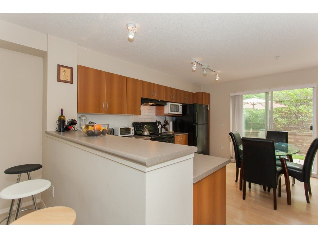 Photo 7: Photos: 48 6747 203 Street in Langley: Willoughby Heights Townhouse for sale : MLS®# R2202915