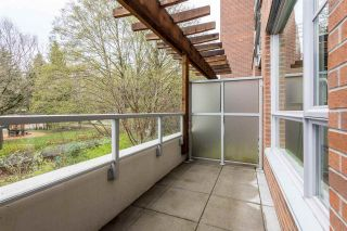 """Photo 15: 105 1621 HAMILTON Avenue in North Vancouver: Mosquito Creek Condo for sale in """"Heywood on the Park"""" : MLS®# R2393282"""