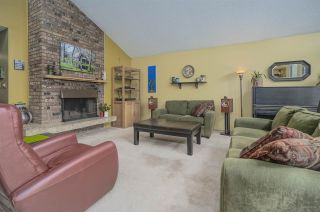 Photo 6: 2557 PEREGRINE Place in Coquitlam: Upper Eagle Ridge House for sale : MLS®# R2467956