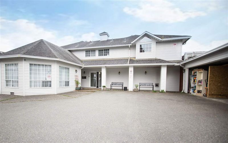 FEATURED LISTING: 11 - 46384 YALE Road Chilliwack
