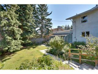 Photo 30: 6444 LAURENTIAN Way SW in Calgary: North Glenmore Park House for sale : MLS®# C4047532