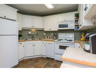 Photo 10: 308 20200 54A AVENUE in Langley: Langley City Condo for sale : MLS®# R2221595