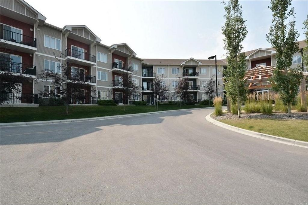 Main Photo: 1231 1540 SHERWOOD Boulevard NW in Calgary: Sherwood Condo for sale : MLS®# C4133168
