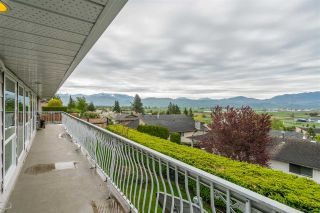 Photo 18: 35254 KNOX Crescent in Abbotsford: Abbotsford East House for sale : MLS®# R2453431