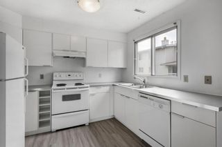 Photo 4: 75 3015 51 Street SW in Calgary: Glenbrook Row/Townhouse for sale : MLS®# A1118534