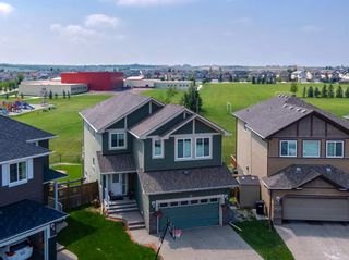 Photo 1: 70 Everhollow Green SW in Calgary: Evergreen Detached for sale : MLS®# A1131033