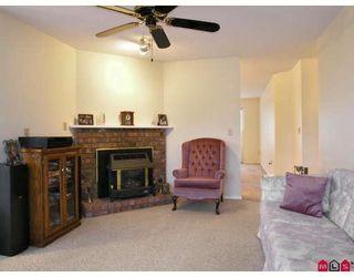 Photo 4: 9549 215B Street in Langley: Walnut Grove House for sale : MLS®# F2729941