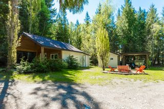 Photo 8: 3977 Myers Frontage Road: Tappen House for sale (Shuswap)  : MLS®# 10134417