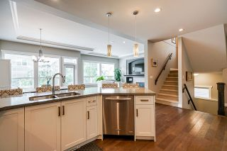 """Photo 9: 21071 78B Avenue in Langley: Willoughby Heights House for sale in """"Yorkson South"""" : MLS®# R2474012"""