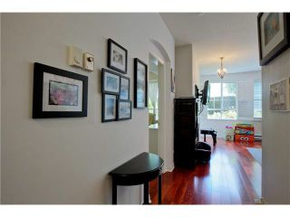 "Photo 3: 109 5835 HAMPTON Place in Vancouver: University VW Condo for sale in ""ST. JAMES HOUSE"" (Vancouver West)  : MLS®# V1122773"