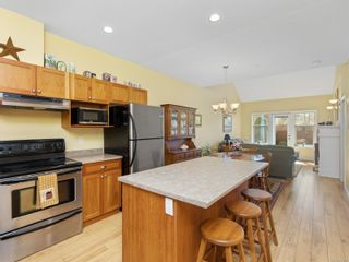 Photo 4: 2 341 BLOWER Rd in : PQ Parksville Row/Townhouse for sale (Parksville/Qualicum)  : MLS®# 872788
