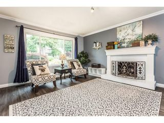 """Photo 3: 3633 BURNSIDE Drive in Abbotsford: Abbotsford East House for sale in """"SANDY HILL"""" : MLS®# R2274309"""