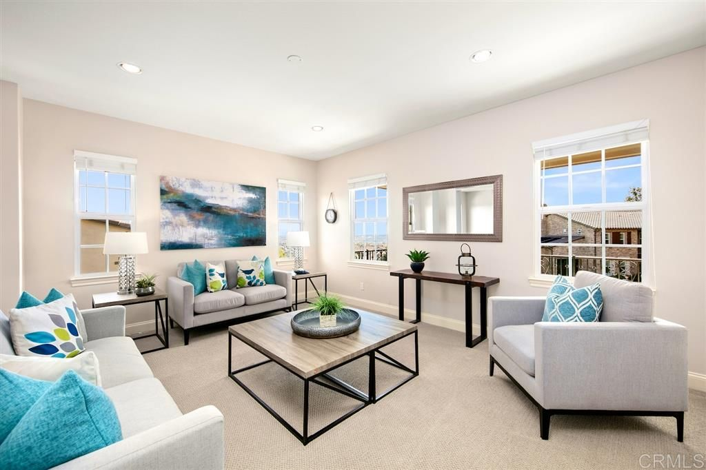 Photo 16: Photos: CARLSBAD SOUTH House for sale : 5 bedrooms : 6928 Sitio Cordero in Carlsbad