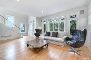 """Photo 2: 4420 COLLINGWOOD Street in Vancouver: Dunbar House for sale in """"Dunbar"""" (Vancouver West)  : MLS®# R2481466"""