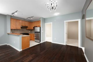 "Photo 4: 208 4883 MACLURE Mews in Vancouver: Quilchena Condo for sale in ""MATTHEWS HOUSE"" (Vancouver West)  : MLS®# R2463619"
