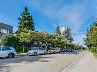 "Photo 15: 206 1265 W 11TH Avenue in Vancouver: Fairview VW Condo for sale in ""BENTLEY PLACE"" (Vancouver West)  : MLS®# V1143355"