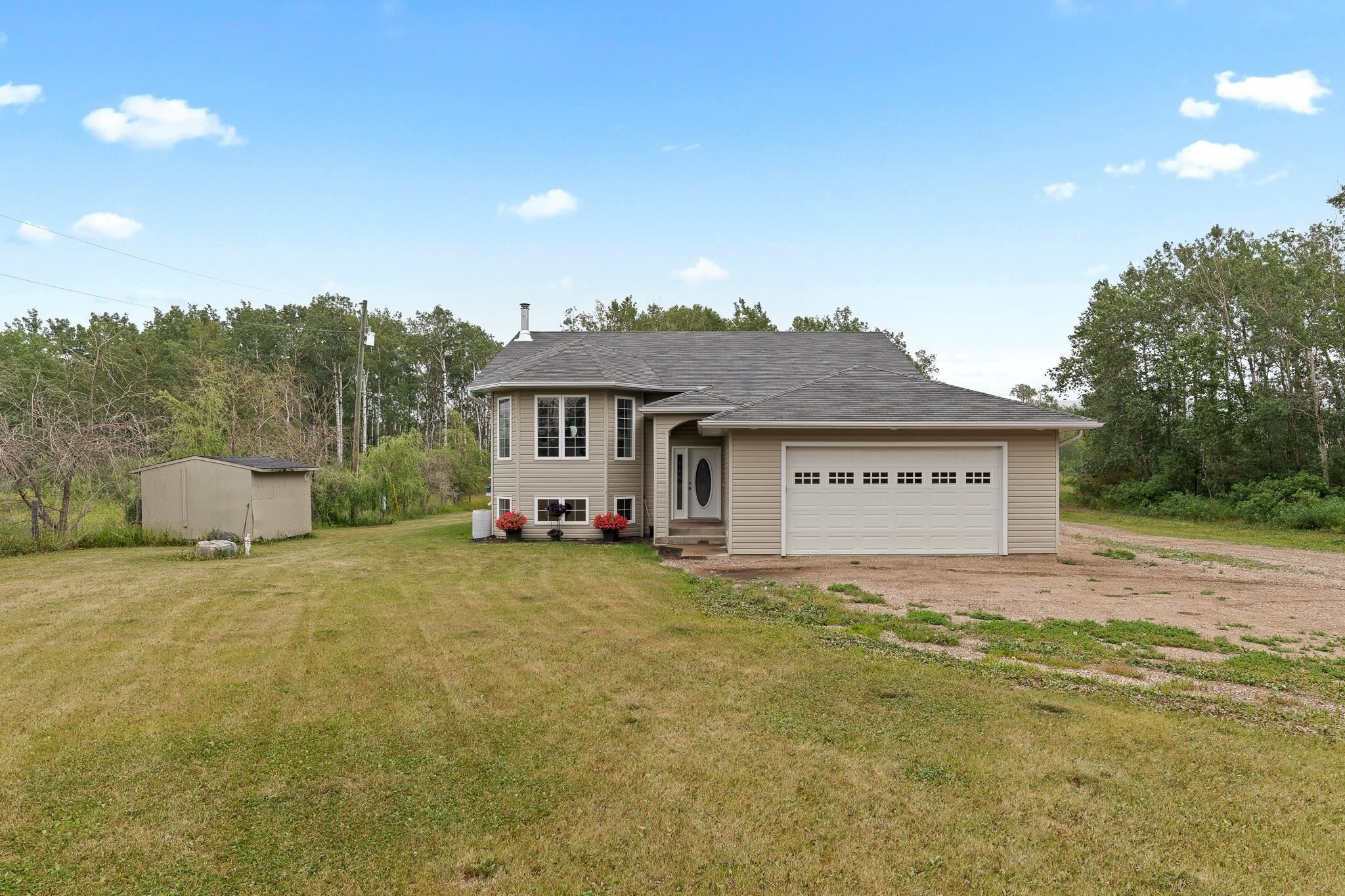 Main Photo: 62221 Rge Rd 424: Rural Bonnyville M.D. House for sale : MLS®# E4258832